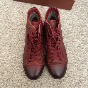 NEW Red hightop sneaker boots size 38